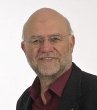 Wolfgang Karrer